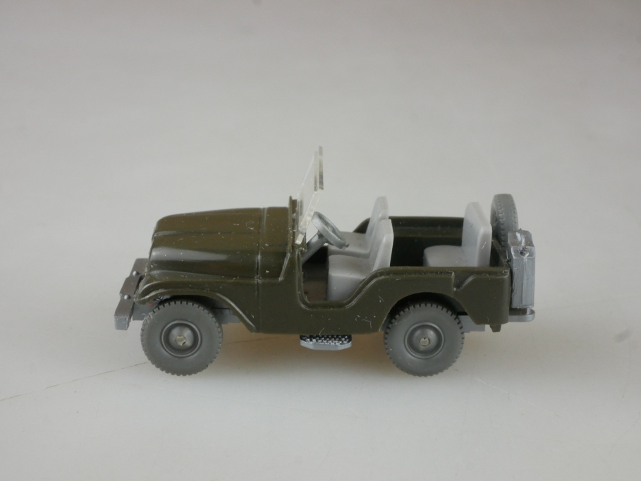 Saure 452 Wiking 1/87 Willys Jeep Typ 5 olivgrün ohne Box  515185