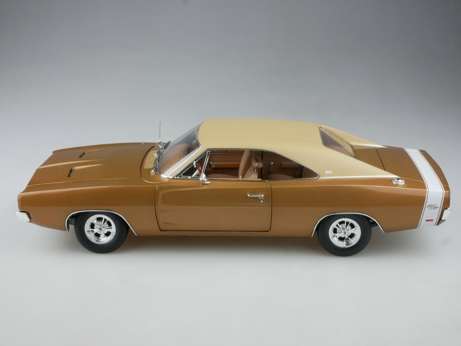 Ertl Authentics 1/18 Dodge Charger RT Hardtop 1969 Coupe ohne Box 515219