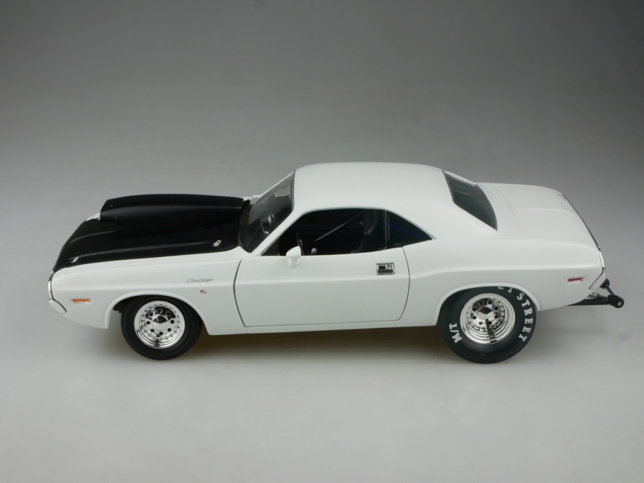 Ertl 1/18 Dodge Challenger Hardtop Coupe pro Streeter Tuning ohne Box 515220