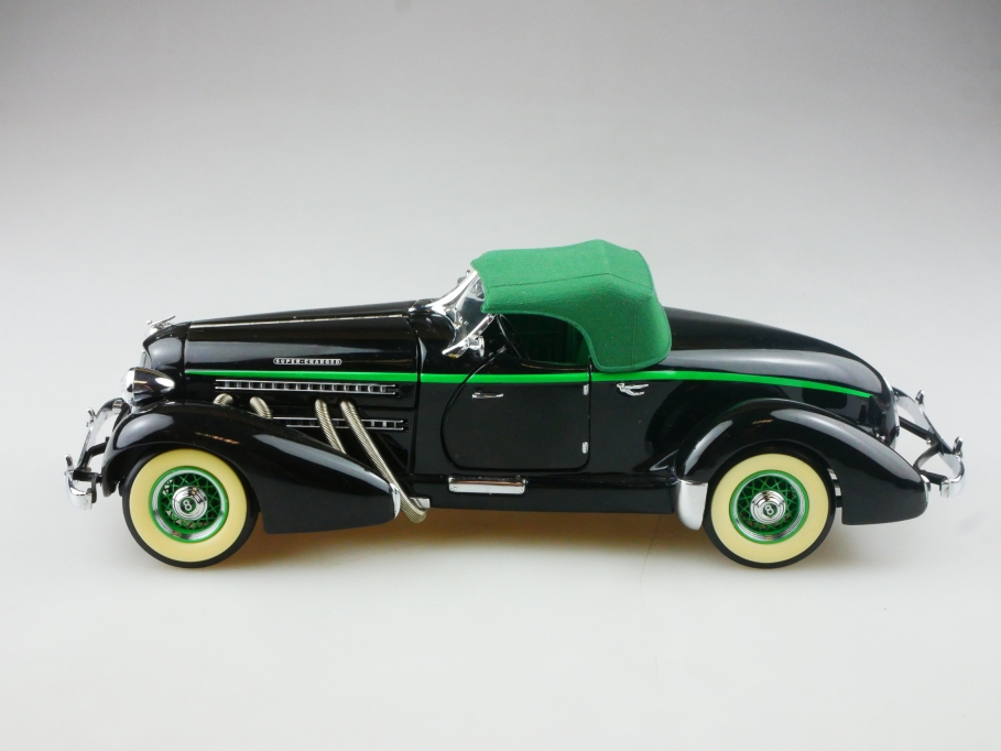 Franklin Mint 1/24 Auburn 851 Speedster Roadster black green ohne Box 515292