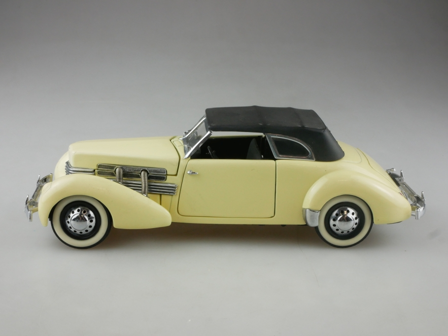 Franklin Mint 1/24 Cord 812 Convertible 1937 Cabriolet ohne Box 515487