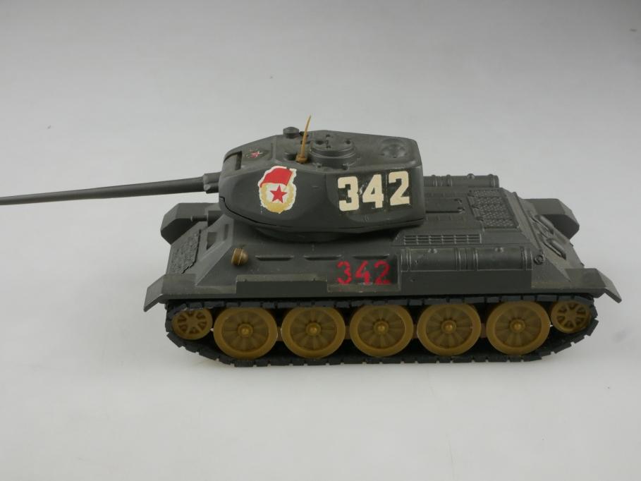 Novoexport 1/43 T 34-85 Sovjet Panzer Tank NVA DDR olivgrau ohne Box  515649