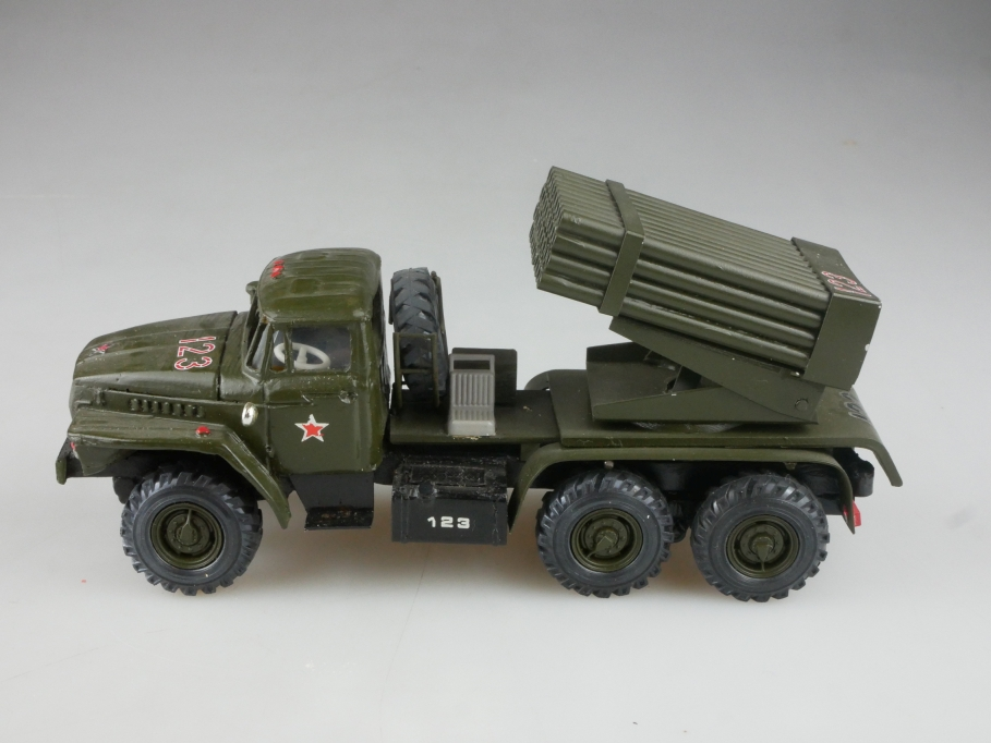 Novoexport 1/50 Ural C 375 Militär Rocket Launcher Katjuscha cccp USSR  515848