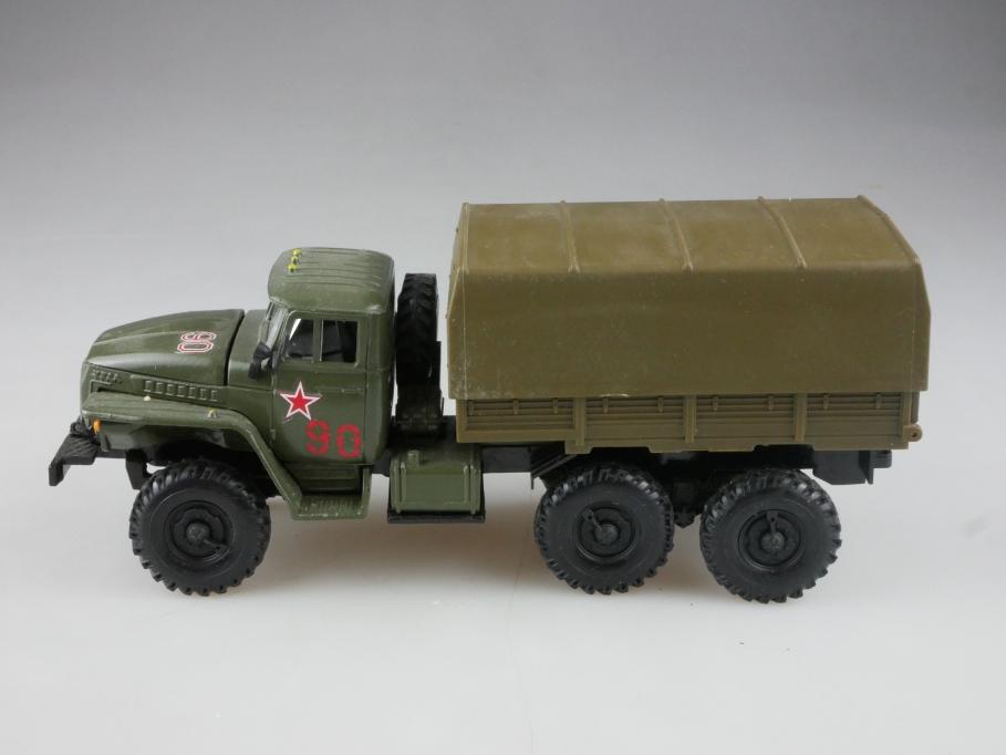 Novoexport 1/50 Ural 43202 6x6 Militär Pritsche cccp USSR ohne Box 515849