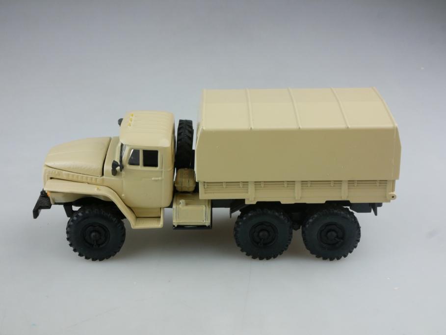 Novoexport 1/43 Ural 4320 6x& Pritsche cccp USSR DDR ohne Box 515983