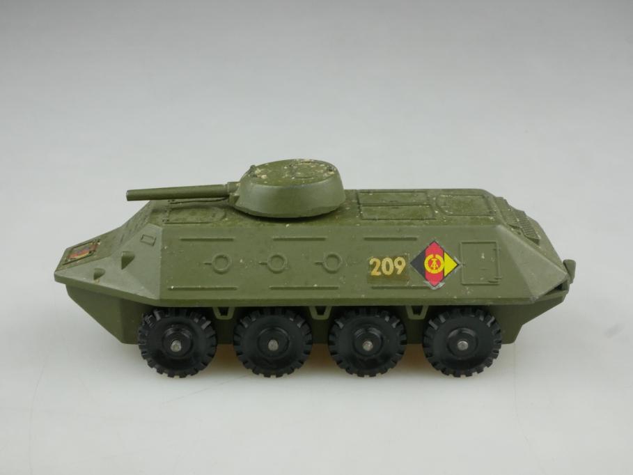 Novoexport 1/72 BTR Panzerwagen U1P30K Metall NVA DDR USSR cccp 516055