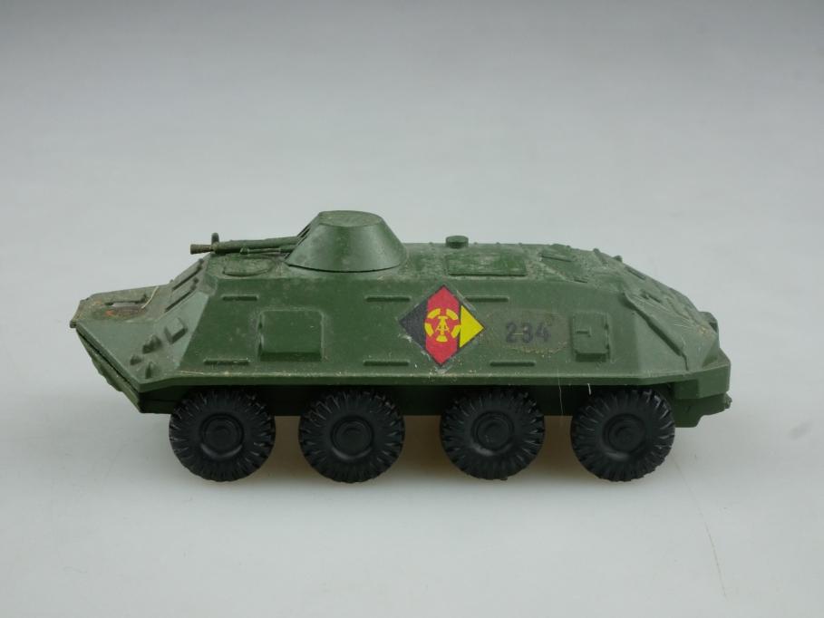 242311 ZWO 1/87 BTR Panzerwagen U1P30K Metall NVA DDR USSR cccp 516056