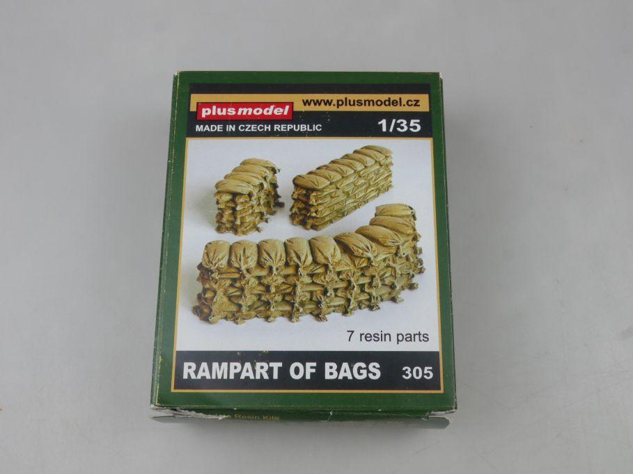 plus model Czech 1/35 RAMPART OF BAGS Schutzwall Sandsäcke Resin kit 113123