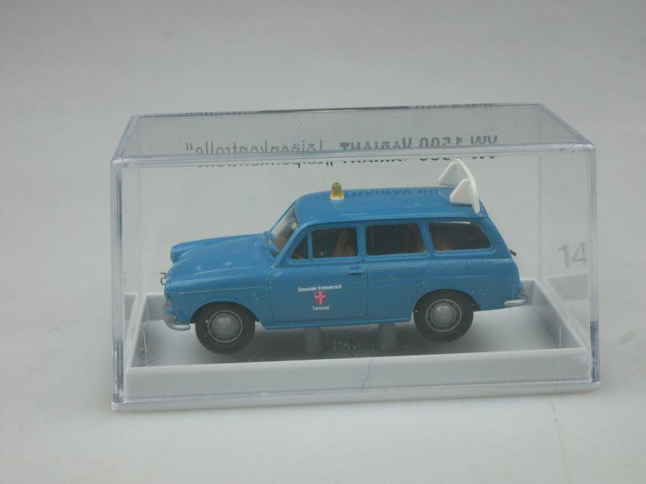 Brekina H0 VW 1500 Variant Loipenkontrolle 018405 + Box 113166