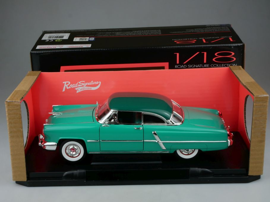 Road Signature 1/18 1952 Lincoln Capri green diecast model 92808 + Box 113120