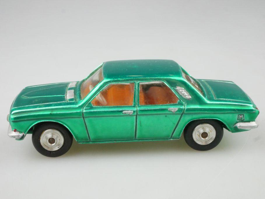 CCCP USSR Wolga GAZ 24 mit Lichtschacht headlight Metall Modell 114322