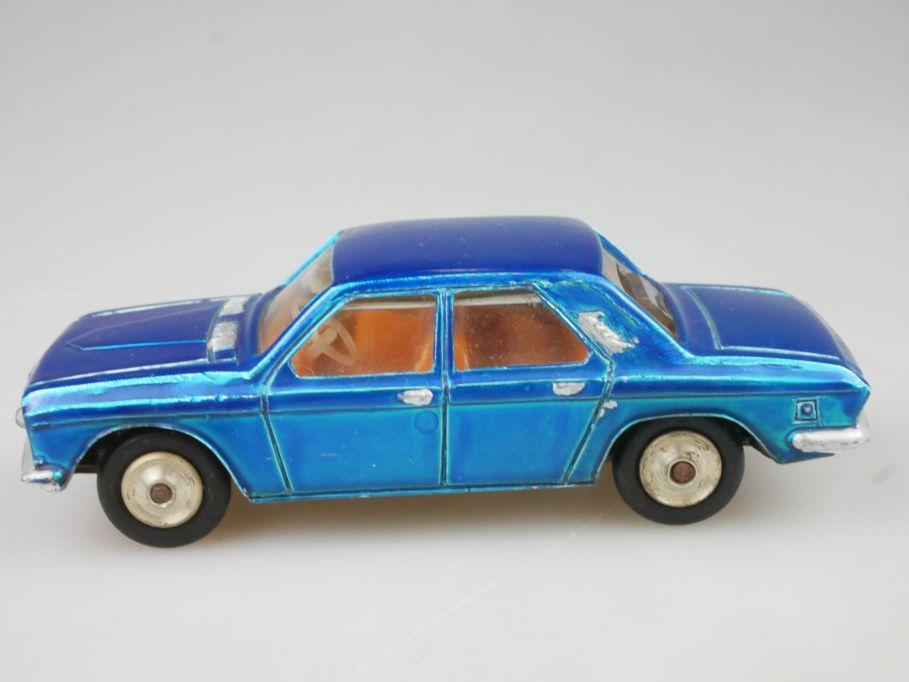 CCCP USSR Wolga GAZ 24 mit Lichtschacht headlight Metall Modell 114323