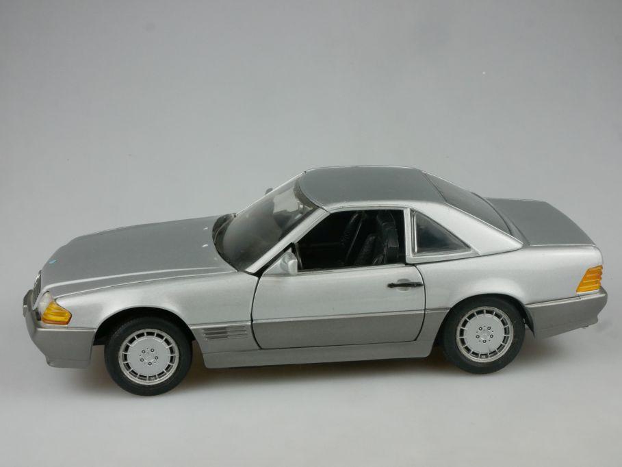 Revell 1/18 Mercedes Benz 500 SL silber diecast Modell 115153