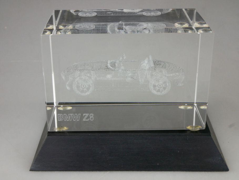 BMW Z8 Roadster 3D Laser Briefbeschwerer Glasblock mit Laser Innengravur 115420