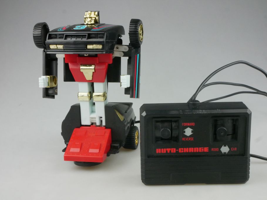 1980´s Hang Tjuk Hongkong Transformer Auto Robot Car RC Fernbedienung 115961