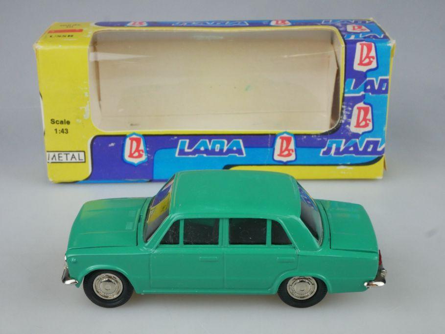 CCCP USSR 1/43 Lada VAZ 2101 Novoexport russia model + Box 116062