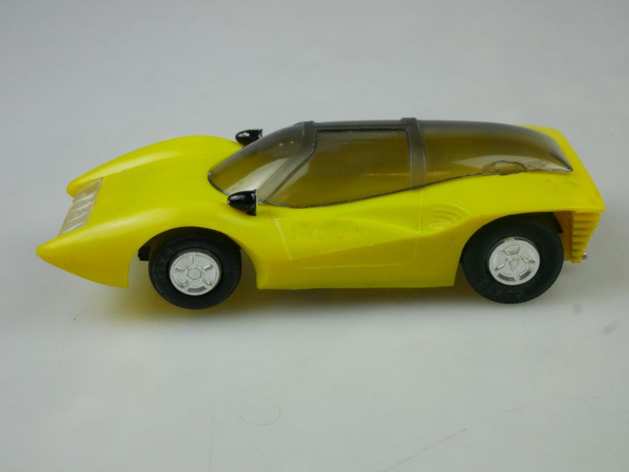 Prefo Autorennbahn 1/32 Ferrari P5 alte Variante gelb DDR + Box 118089